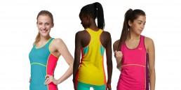 Ull: Bilde av tre jenter iført Kari Traa-ull baselayer