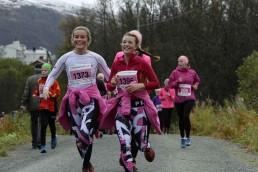 Blide løpere under Rosa sløyfe-løpet